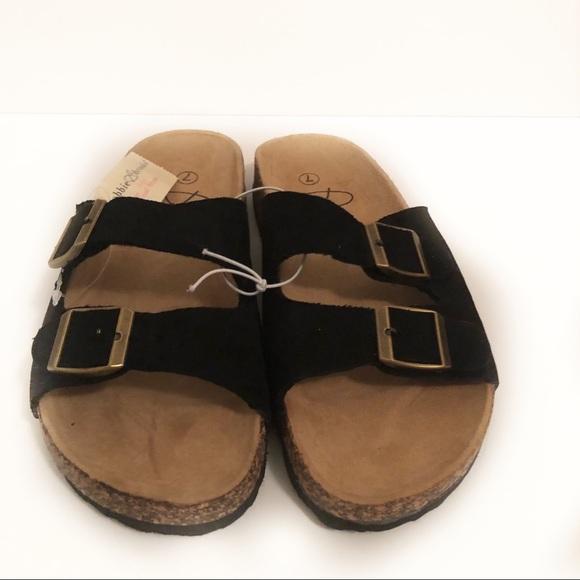 brooks sandals